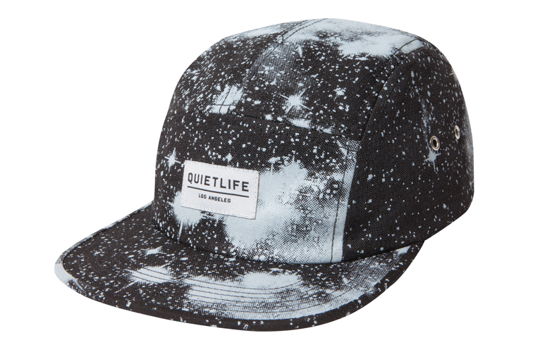 Google 画像検索結果: http://www.thequietlife.com/images_product/11_fall/Hat_Cosmos_Black.jpg