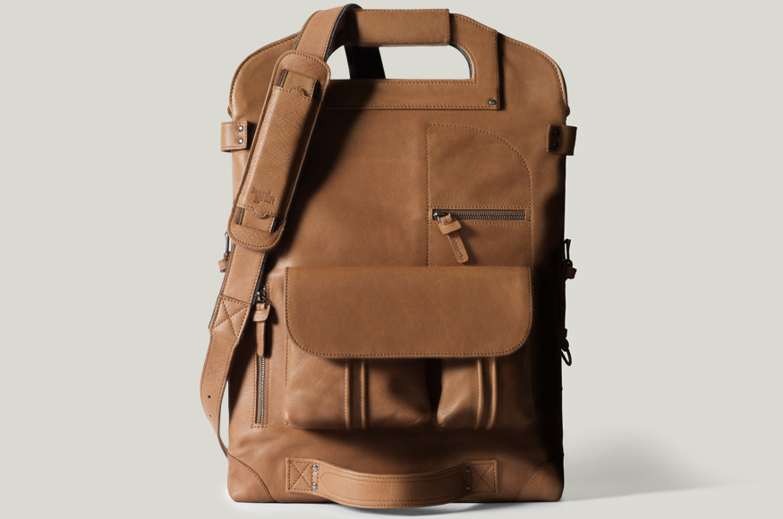 hard graft / Premium Leather Bags, Wool Felt Laptop Sleeves, iPad Cases and iPhone Cases / Handcrafted in Italy and Austria / 2UNFOLD LAPTOP BAG / HERITAGE