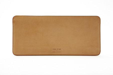 Project No.8: divided boarding pass case, natural