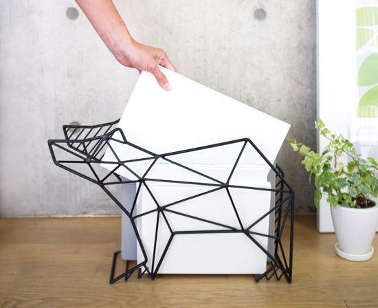"〈SHADOW WIRE〉MAGAZINE RACK ""BEAR"" 