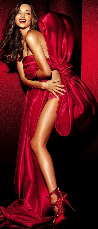 fashion / Miranda Kerr. She fits in well Red and the story of fragrances I am creating. Hope you enjoy the story.