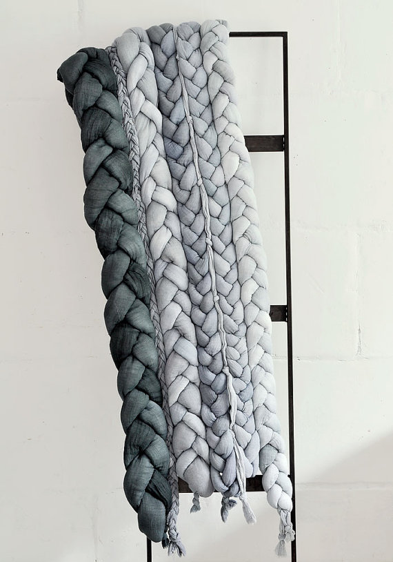 Bedspread plait Gray Bed Runner. by taftyli on Etsy