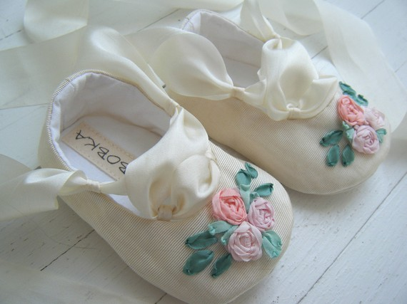 SPRING Ivory Vintage Taffeta Ballet Shoe For Your by BobkaBaby