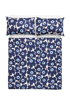 Home Decor: Pieni Unikko Blue Queen Sheet Set | Marimekko Store