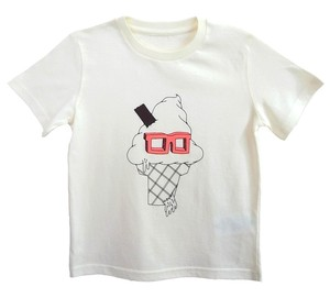 The Light Angle — Icecream with Pink T-Shirt