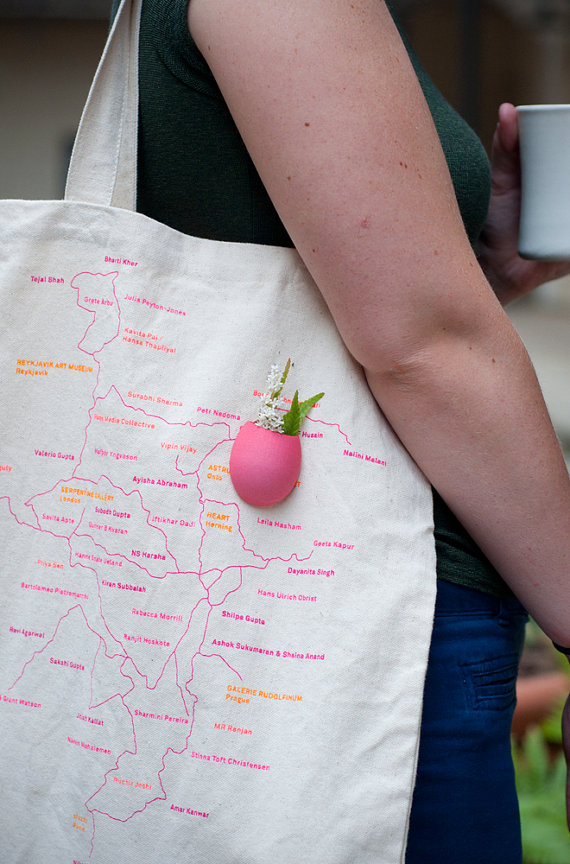 Planter for Your Purse in Pink A Wearable by wearableplanter
