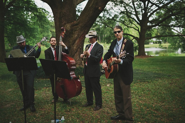 Southern Wedding: Heirlooms, Lace And Sugarcane | Bridal Musings