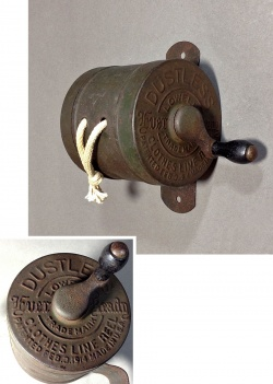 """1910-20's """"DUSTLESS"""" Wood Handle Clothes-Line Reel - FUNNY SUPPLY"""