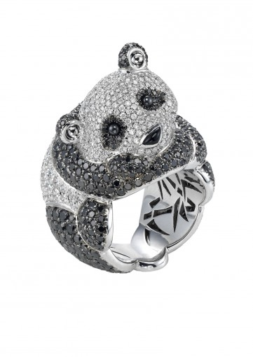 Chopard animal world | An adorable diamond panda bear ring | 827975-1001