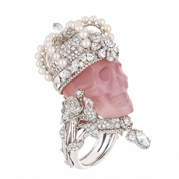 INTERNATIONAL JEWELLERY Couture & Europa Star - TRENDS & COLORS: Ring by Dior