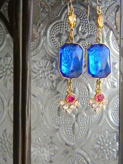 French Vintage Exotic Blue Parts Earrings by OstaraTokyo on Etsy