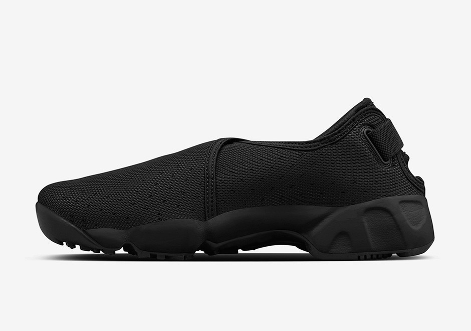NikeLab Removes The Straps On The Air Rift Page 4 of 4 - SneakerNews.com