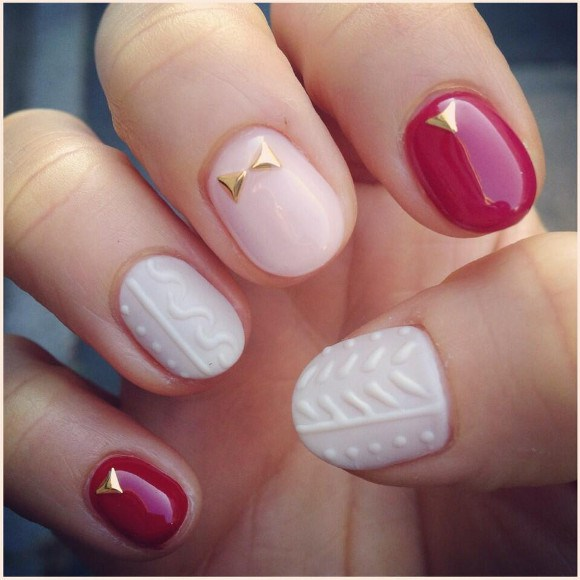 Keep warm this winter with cosy knitted sweaters for your nails! | RocketNews24