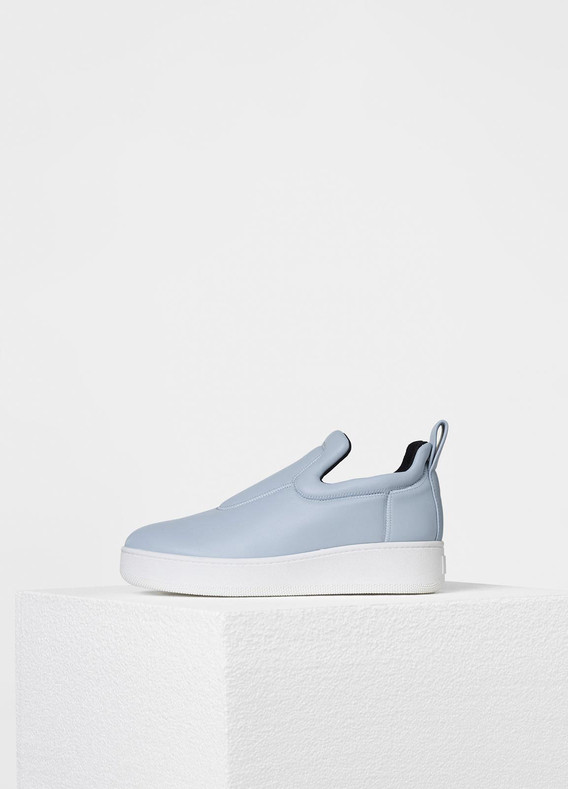 Pull On Sneaker in Stretch Nappa Lambskin - Spring / Summer Collection 2017   セリーヌについて