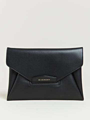 Givenchy Women's Calfskin Antigona Envelope Bag | LN-CC