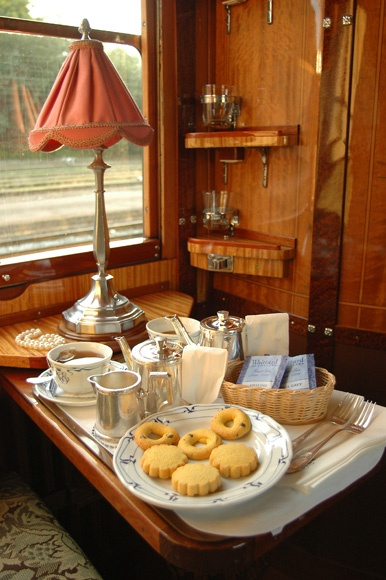 Travel ♪o(^0^o)♪o(^-^)o♪(o^0^)o♪ / From Paris to Istanbul on the Orient Express