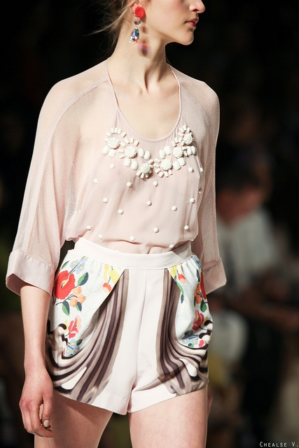 Alice Mc Call, 2012. | Style | Floral
