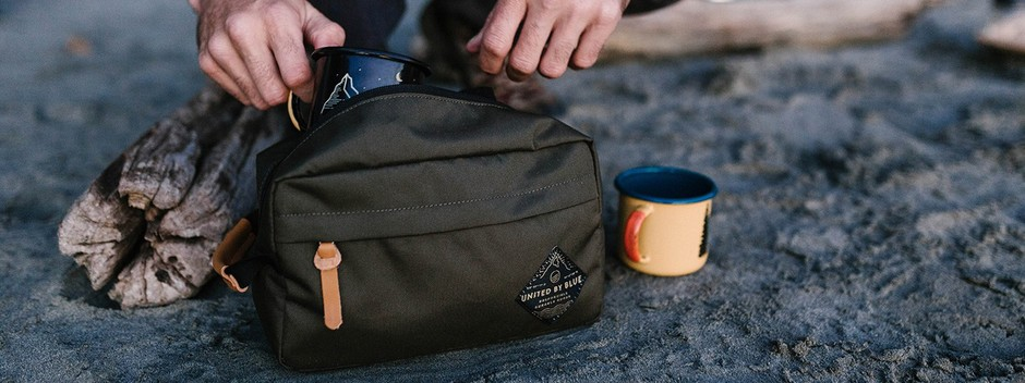 Crest Trail Case | BAGS | United By Blue(ユナイテッドバイブルー)