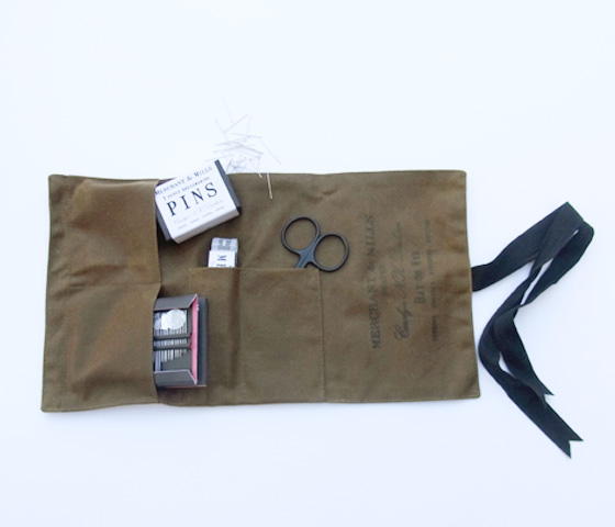 MERCHANT&MILLS | OILSKIN SEWING KIT - CHIGO | キッズセレクトショップ