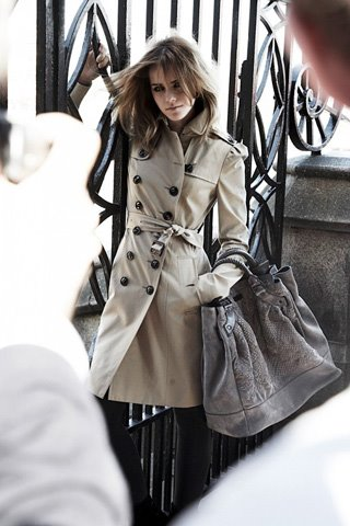TooCute Magazine - Fashion deals Paris + New York: Emma Watson does the Burberry's Fall 2009 Ad Campaign