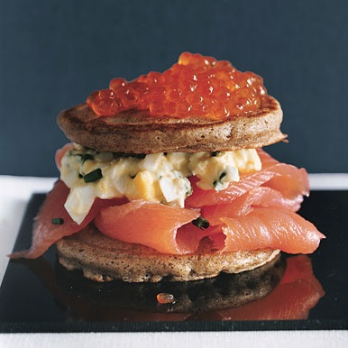 food / salmon blini tortes