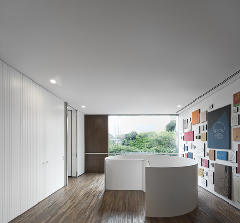 Casa Cubo by Isay Weinfeld