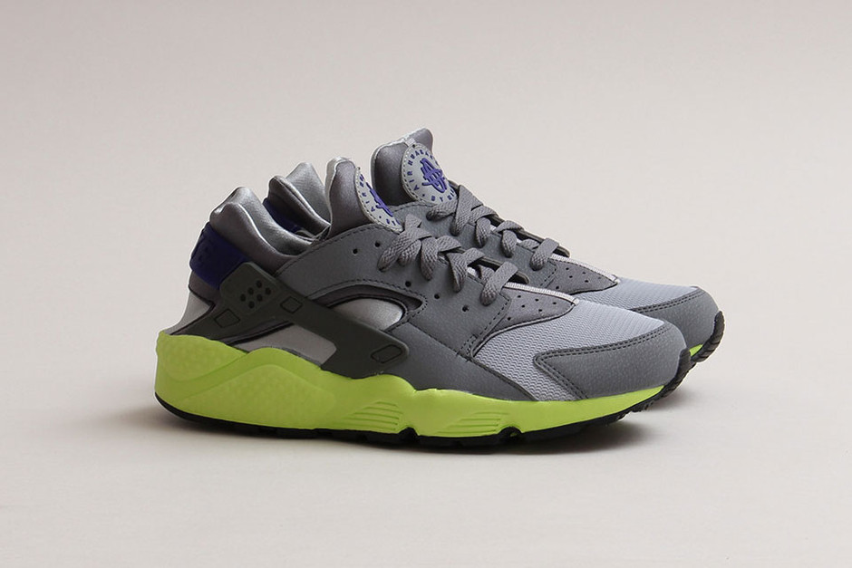 "Nike Air Huarache ""Wolf Grey/CL Grey/Volt"" 