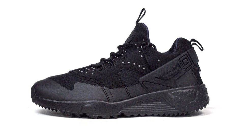 "AIR HUARACHE UTILITY ""LIMITED EDITION for NSW"" BLK/BLK ナイキ NIKE 