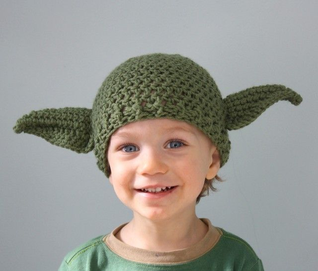 Pocket : Star Wars-Themed Crocheted Hats, Mittens, and Lightsabers