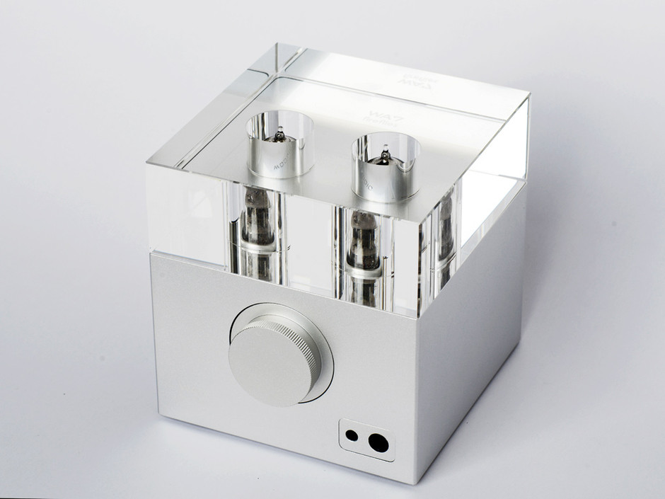 Woo Audio WA7 Fireflies headphone amplifier with built-in USB 32/192K Digital-to-Analog Converter