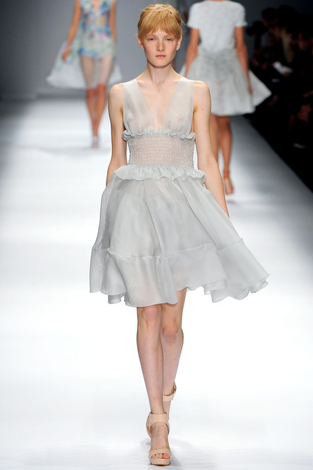 Cacharel Spring 2013 Ready-to-Wear Collection Slideshow on Style.com