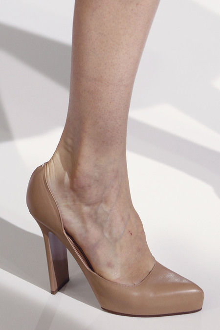 Maison Martin Margiela Spring 2013 Ready-to-Wear Collection Slideshow on Style.com