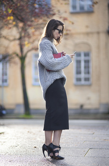 CHUNKY SHIPS - Irina Lakicevic | LOOKBOOK