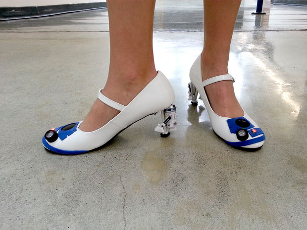 R2-D2 Heels: The Droid Shoes That You're Looking for