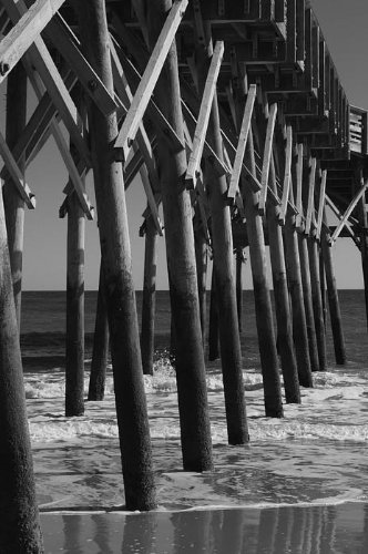 Amazon.com: Pier Structure in Black and White Canvas Print / Canvas Art - Artist MM Anderson: Home & Kitchen