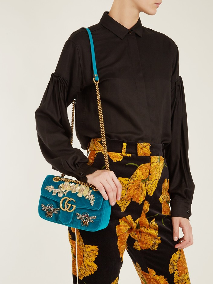 GG Marmont mini quilted-velvet cross-body bag | Gucci | MATCHESFASHION.COM