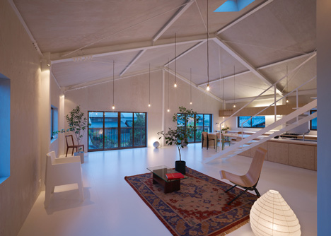 House in Yoro interior by Airhouse Design Office