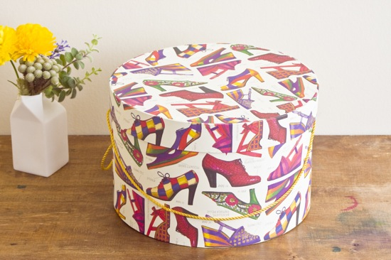 Hat Box M - box and needle on-line boutique