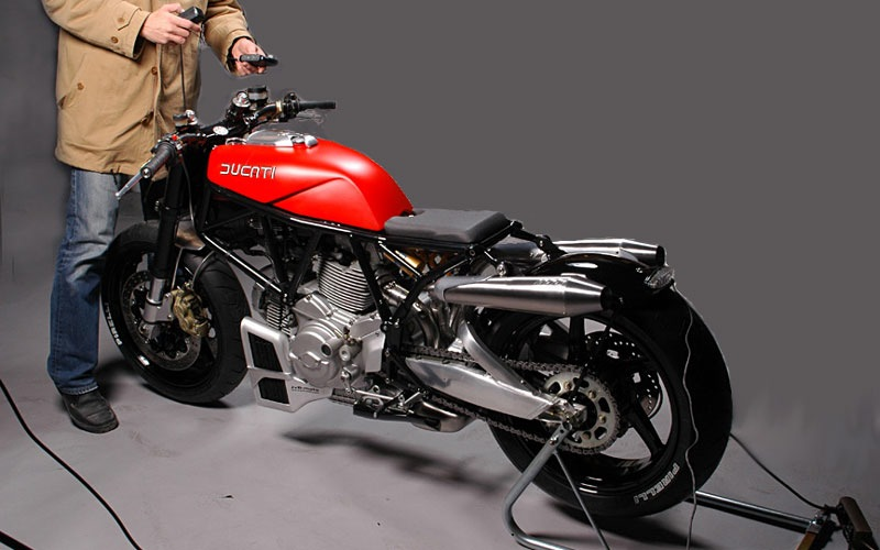 "motographite: DUCATI 900 SS '02 ""FLAT RED"" by JvB"