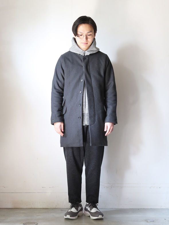 """CURLY × CITYLIGHTS 別誂""""RW NO COLLAR COAT""""(CHARCOAL) THE SUPERIOR LABOR,A VONTADE,CURLY,NICHE,bukht通販サイト Locals only(ローカルズオンリー)