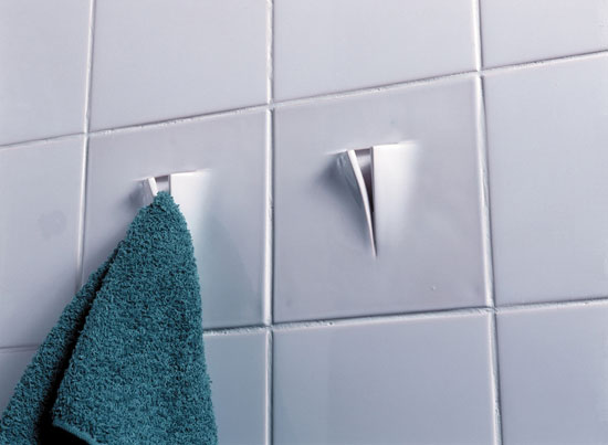 View Function tile: Towel hook by Droog