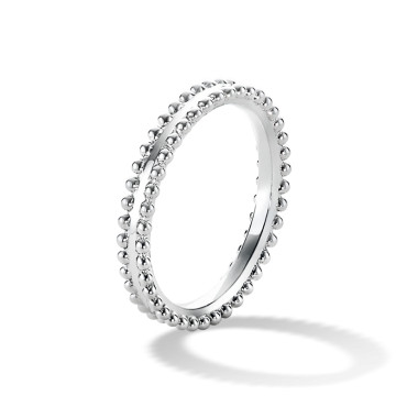 VCARN59B00_VanCleefArpels_Estelle-wedding-band-1.png 380×380ピクセル