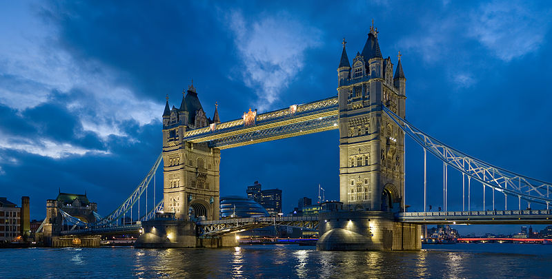 File:Tower bridge London Twilight - November 2006.jpg - Wikimedia Commons