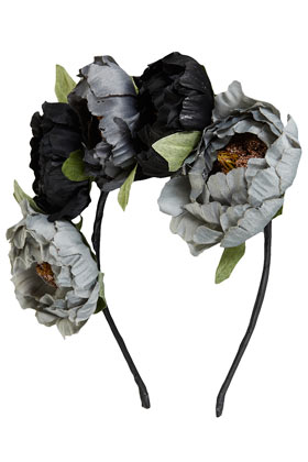 Peony Garland - New In This Week - New In - Topshop