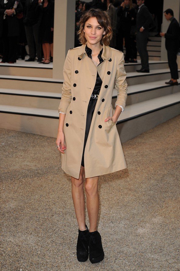 Alexa Chung at the LFW Burberry party (Glamour.com UK)