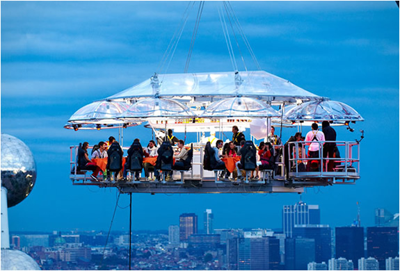 Crane Suspended Dining With A View by Dinner In the Sky | Inthralld