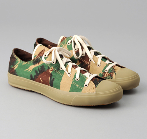 """SN2-205 - FRENCH """"LIZARD"""" CAMO LOW TOP SNEAKERS :: HICKOREE'S"""