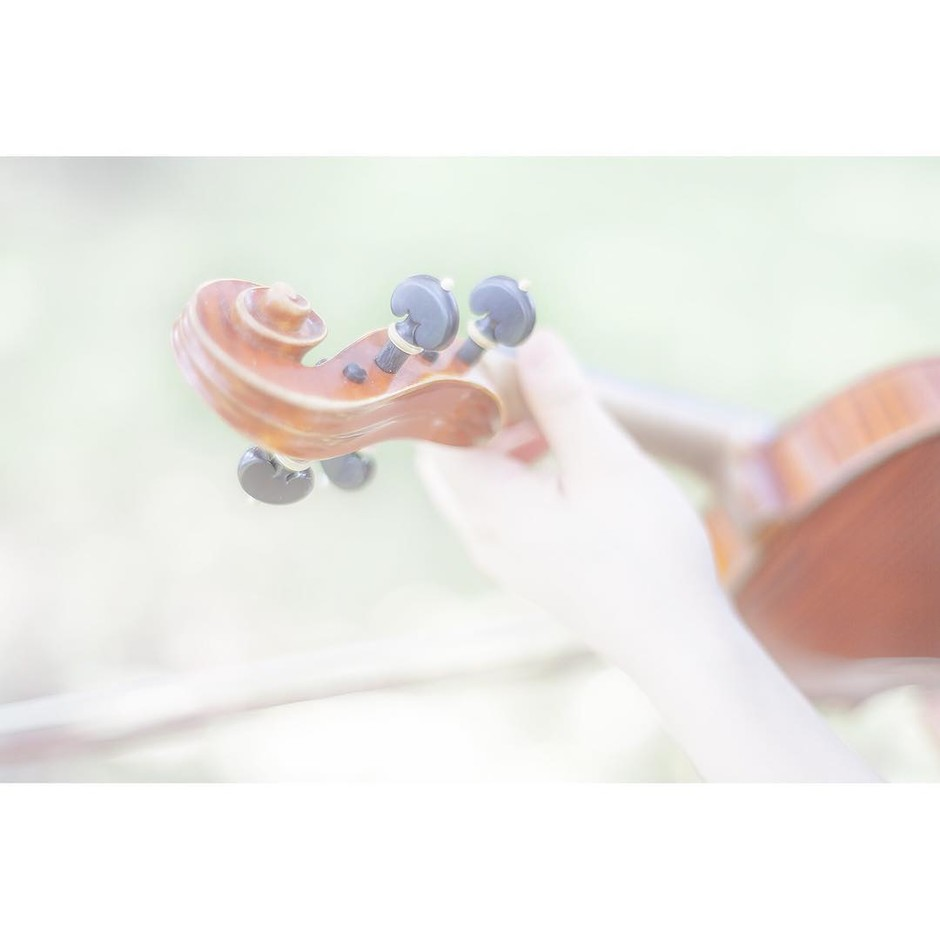 @siropmint - Instagram:「drops note 20160426_3 #forest #instrument #girl」