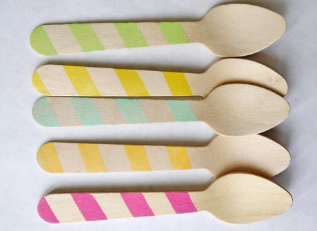 eco friendly wooden ice cream spoons: stripes - Room6