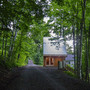 Polygon Studio with guesthouse by Jeffery Poss and WORKUS Studio